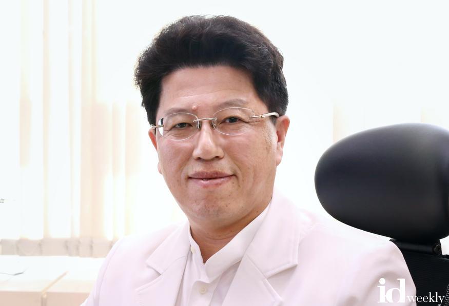 [사진] 분당서울대병원 정신건강의학과 김기웅 교수.jpg