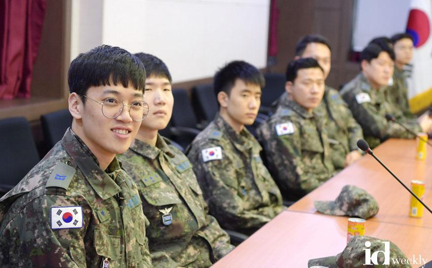 200219 보도사진(군인다운 멋과 솔선수범 강조 기간 운영) (2).JPG.jpg