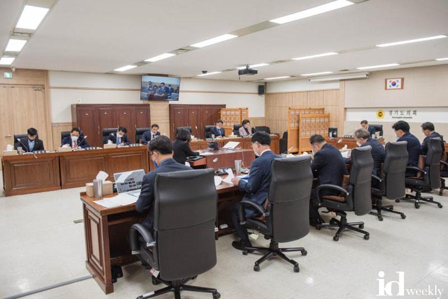 제343회_임시회_제1차_문화체육관광위원회_저해상도 (2).jpg