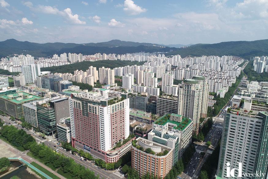 주택과-성남시 5년 전 공동주택 리모델링 기본계획 재정비한다(자료사진 수내동 서현동 일대 아파트 단지).jpg