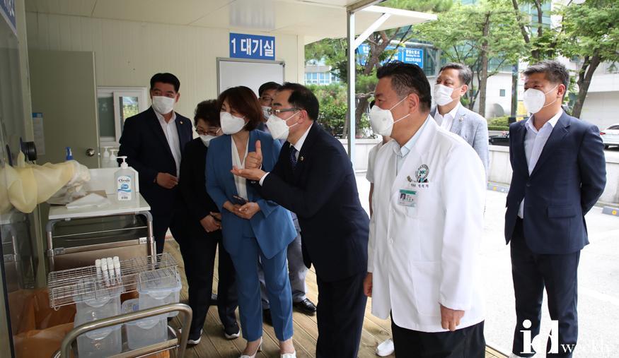 2020-07-17-성남시의회 의장단, 코로나19극복 관계기관격려(3) (1).jpg
